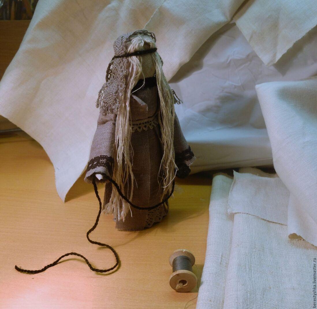 Плетение обережной куклы